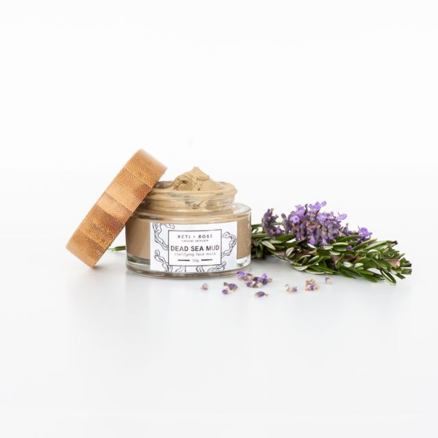 Our Clarifying Dead Sea Mud Mask is packed with incredible all natural ingredients to help draw out dirt and toxins from the skin, tighten pores, reduce inflammatory concerns such as acne and psoriasis, and thoroughly cleanse the skin with the help of it's anti-bacterial ingredients, revealing a fresh and glowing complexion #lovetheskinyourein . . . . . . #naturalskincare #skincare #naturalskincareroutine #skincareroutine #naturalskincareproducts #skincareproducts #beauty #beautyroutine #beautyproducts #naturalbeauty #naturalbeautyroutine #naturalbeautyproducts #face #body #facial #glowing #glowingskincare #glowingskin #glowingskincareroutine #nzmadeskincare #nzmade #nzmadebeauty #madeinnz #nzbeauty #nzskincare #loveyourskin #loveyourself #selflove #beautyritual