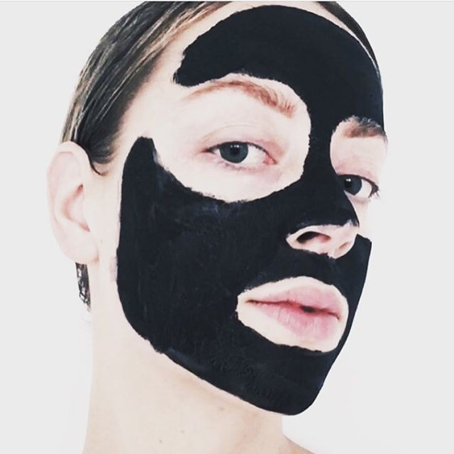 Mud Mask Mondays 🖤 #lovetheskinyourein #mudmaskmondays⁣ .⁣ .⁣ .⁣ .⁣ .⁣ .⁣ #naturalskincare #skincare #naturalskincareroutine #skincareroutine #naturalskincareproducts #skincareproducts #beauty #beautyroutine #beautyproducts #naturalbeauty #naturalbeautyroutine #naturalbeautyproducts #face #body #facial #glowing #glowingskincare #glowingskin #glowingskincareroutine #nzmadeskincare #nzmade #nzmadebeauty #madeinnz #nzbeauty #nzskincare #loveyourskin #selflove #beautyritual⁣
