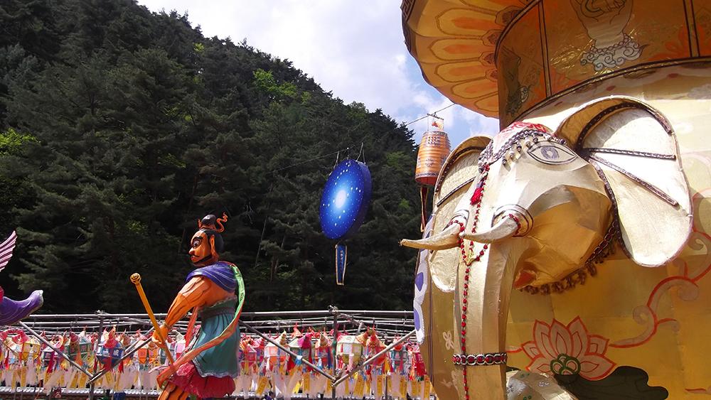 Golden-Elephant.jpg