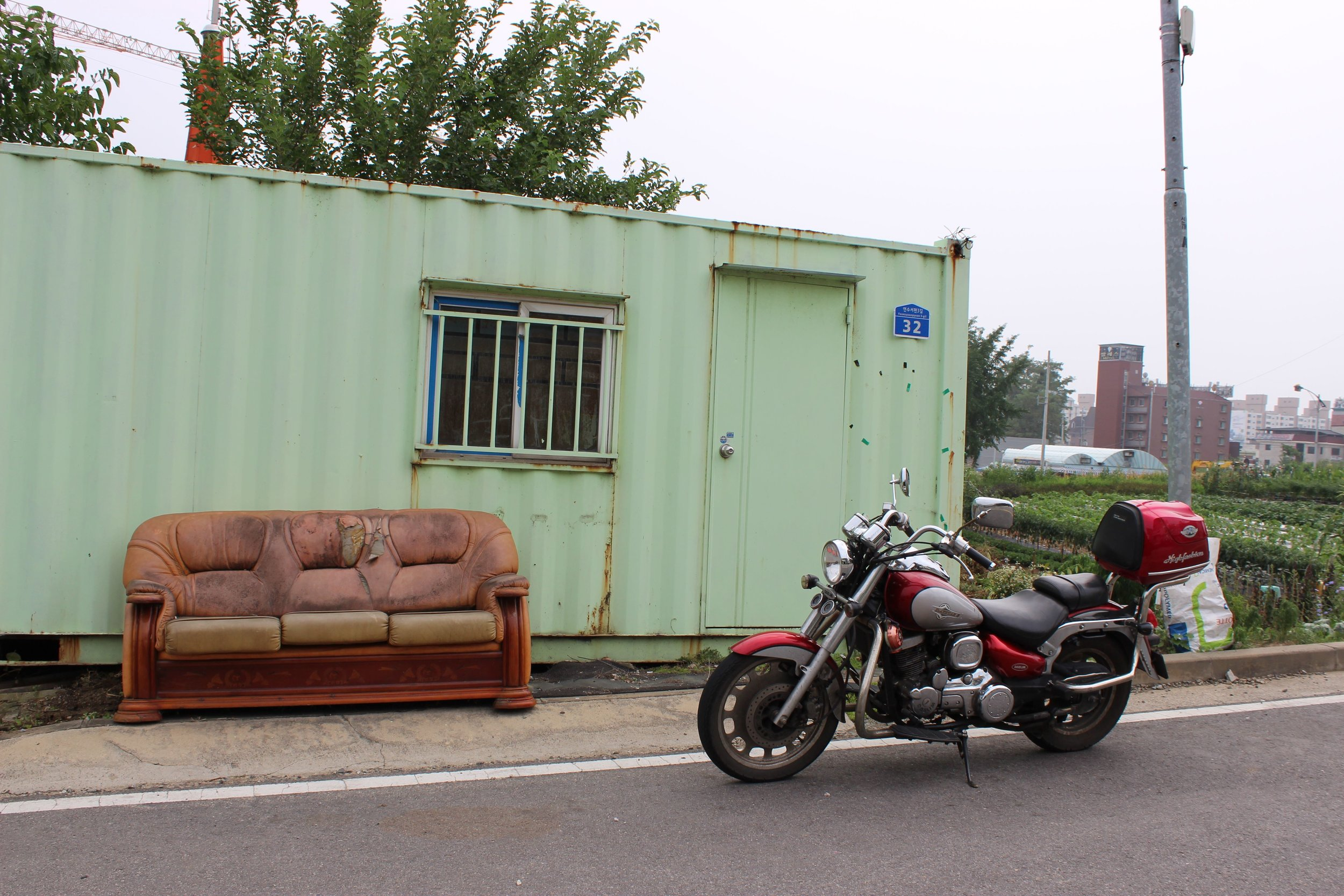 Container-couch.jpg