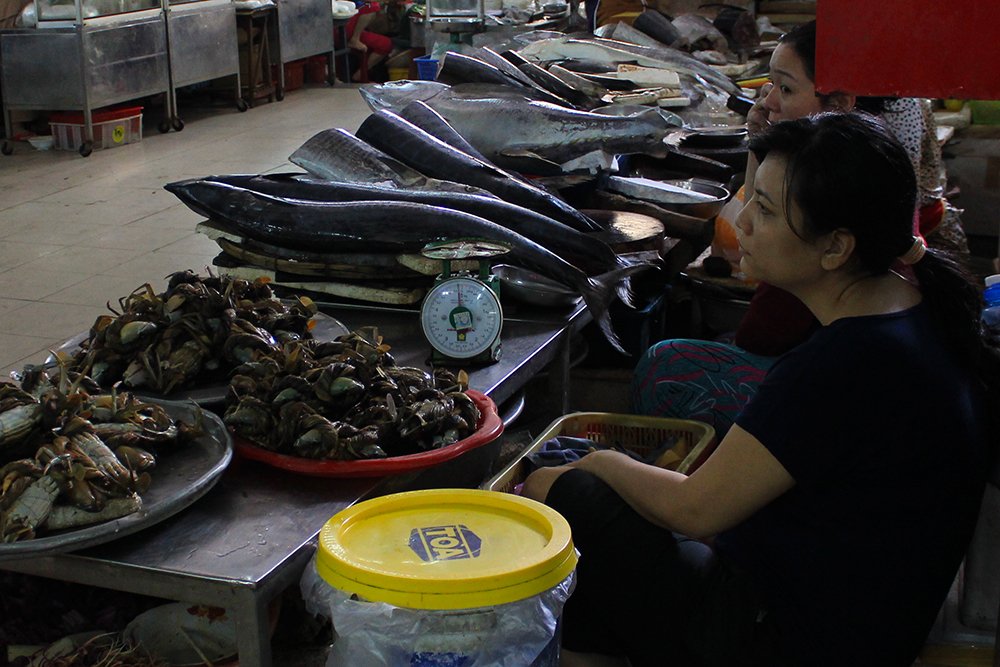 Fish-Vendor.jpg