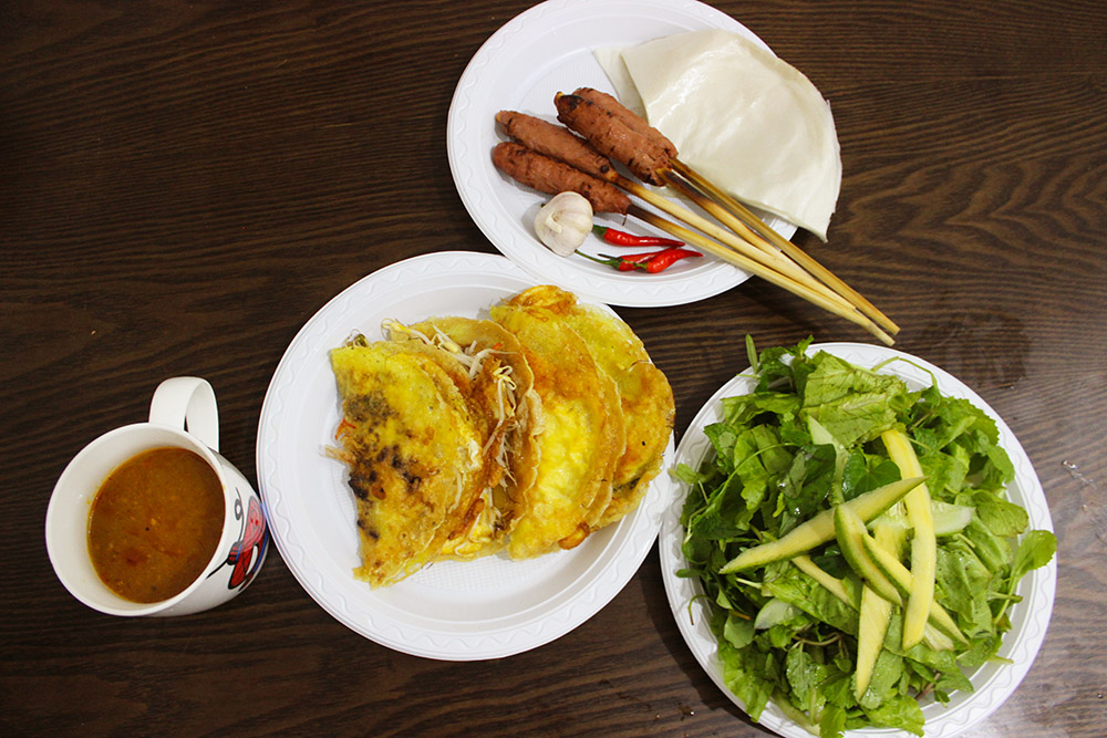 Banh-Xeo-overview.jpg