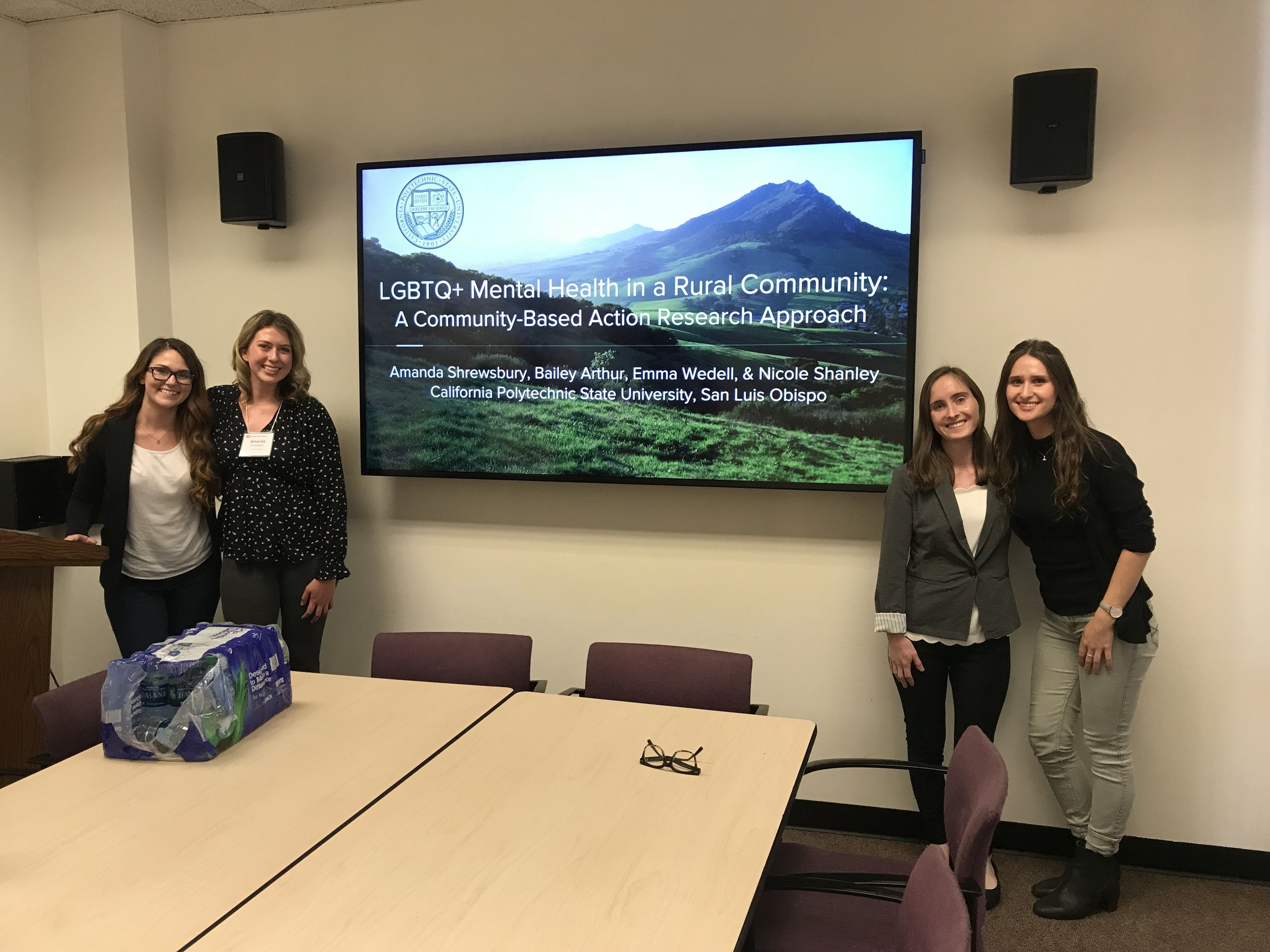 QCARES Senior Research Assistants Present Project at the 43rd Annual SSRIC Social Science Student Symposium at Cal State Long Beach on May 3rd 2018