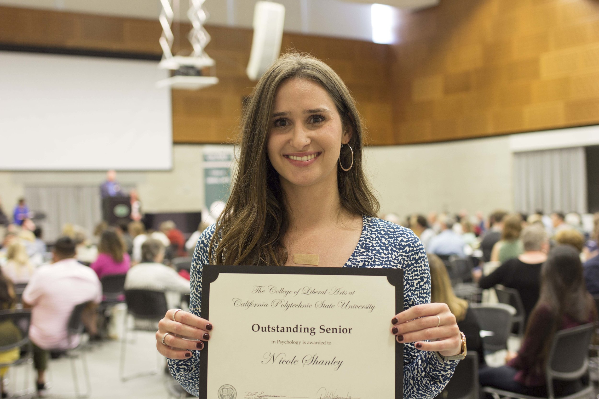 QCARES Alumni, Nicole Shanley, Recognized as Outstanding Senior in Psychology at Graduation 2018