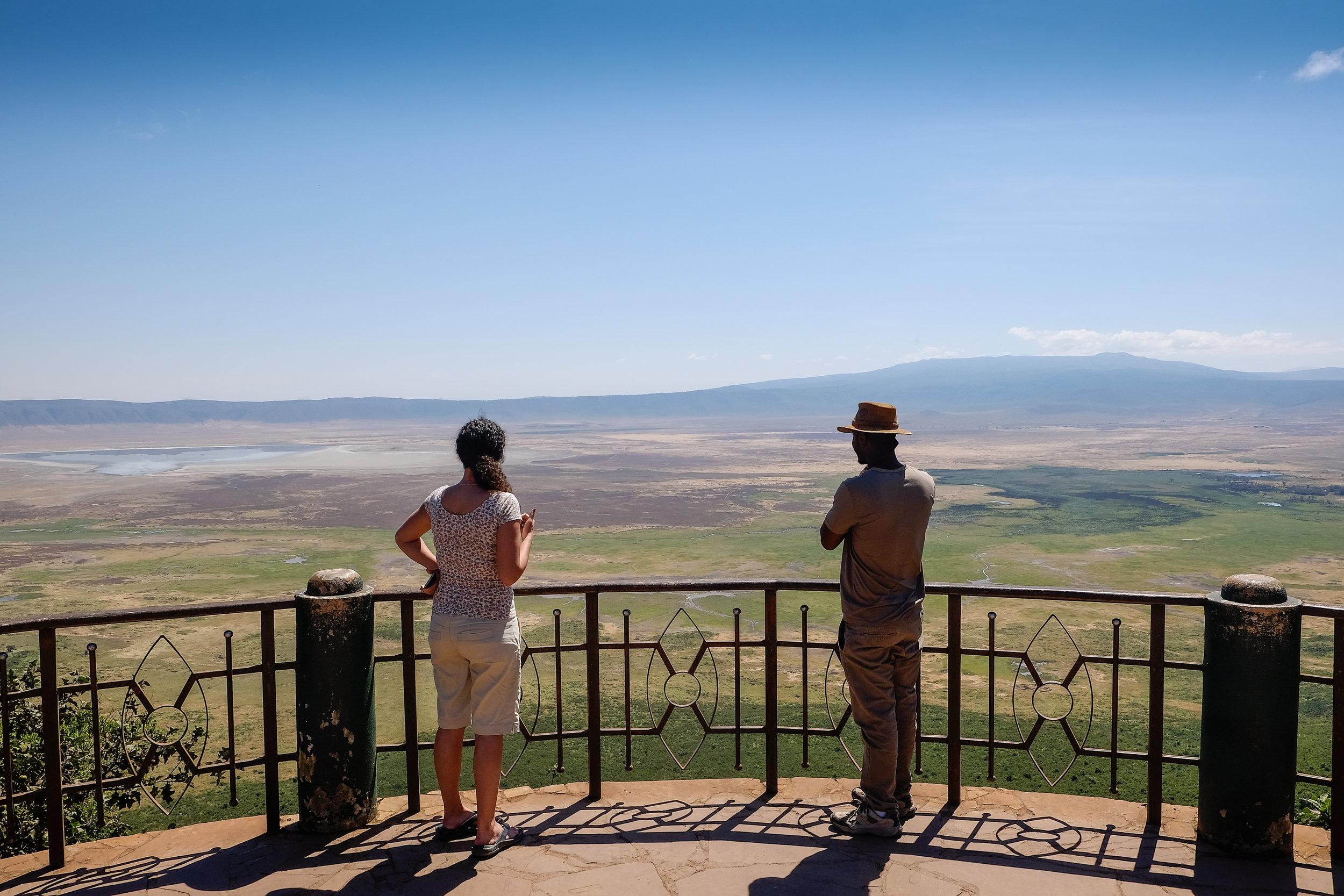 Ngorongoro_crater_ridge.jpg