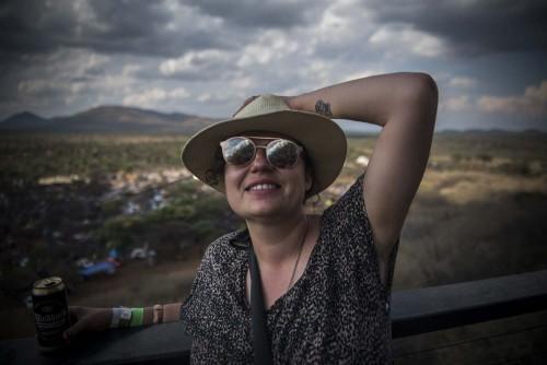 Alet Pretorius is 'n vryskut fotojoernalis - en het meer as 13 jaar se ervaring agter die rug (sowel as die Kreef Hotel en die Artist Camping-area). Sy was Beeld se fotoredakteur. Volg haar op Instagram.