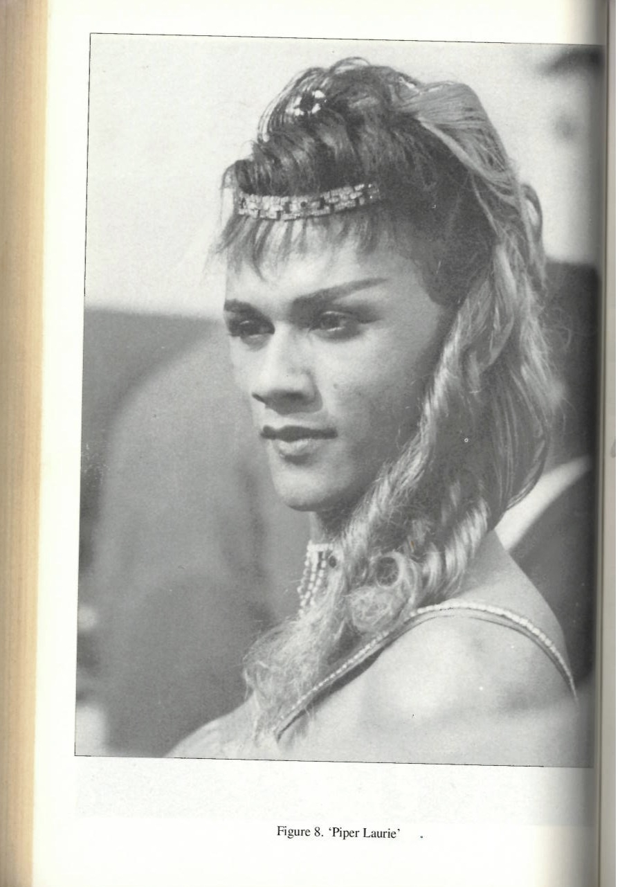 Die jolle by Madame Costello se huis, uit  Defiant Desire: Gay and Lesbian Lives in South Africa  (1995)