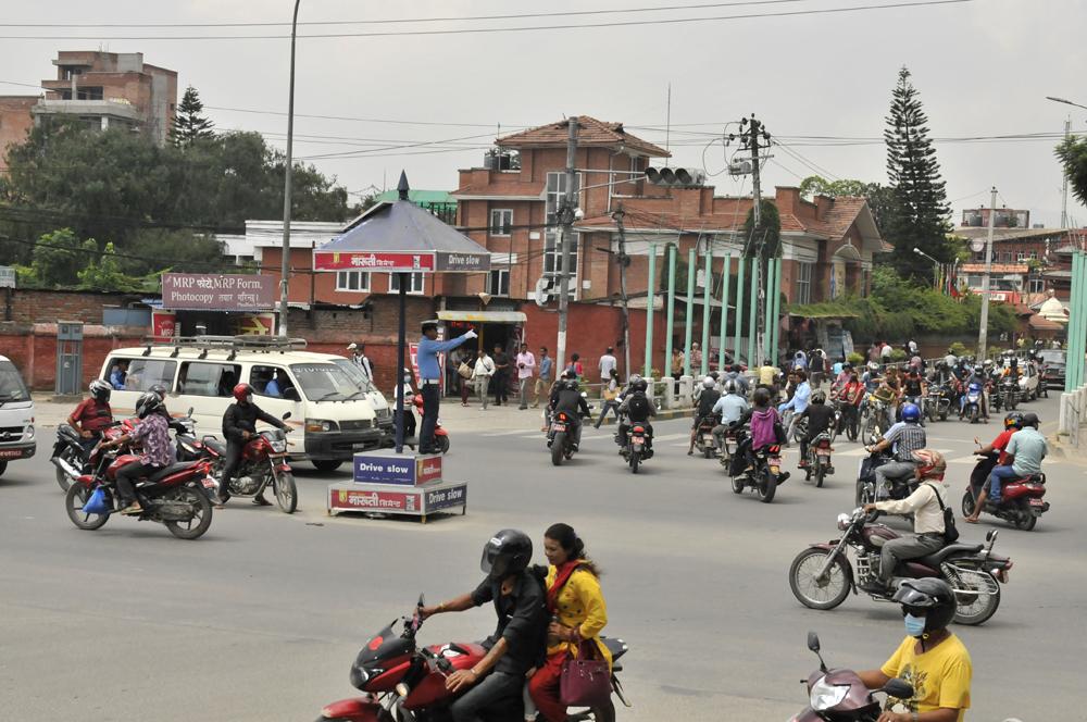 liveseasoned-fall15-kathmandu-nepal-traffic-12.jpg