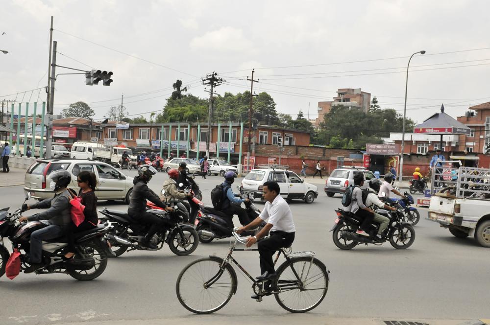 liveseasoned-fall15-kathmandu-nepal-traffic-4.jpg