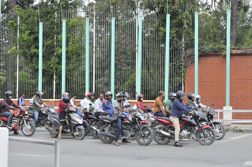 liveseasoned-fall15-kathmandu-nepal-traffic-3.jpg