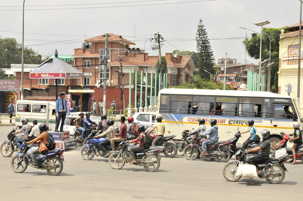 liveseasoned-fall15-kathmandu-nepal-traffic-10.jpg