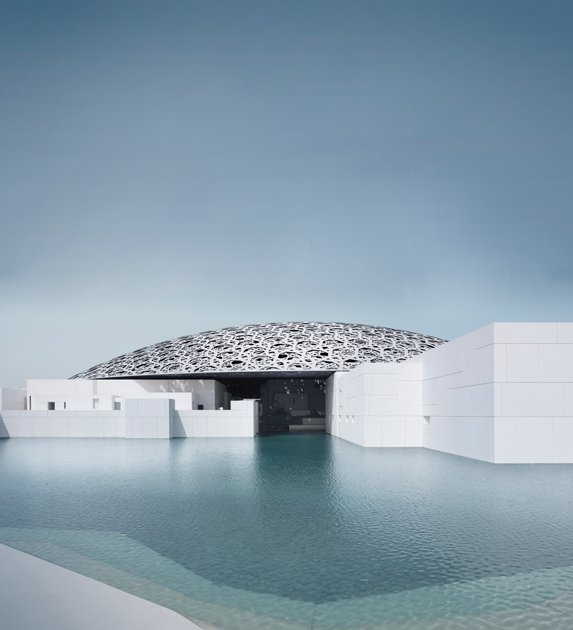 Image sourced from: https://www.louvreabudhabi.ae/en/about-us/architecture