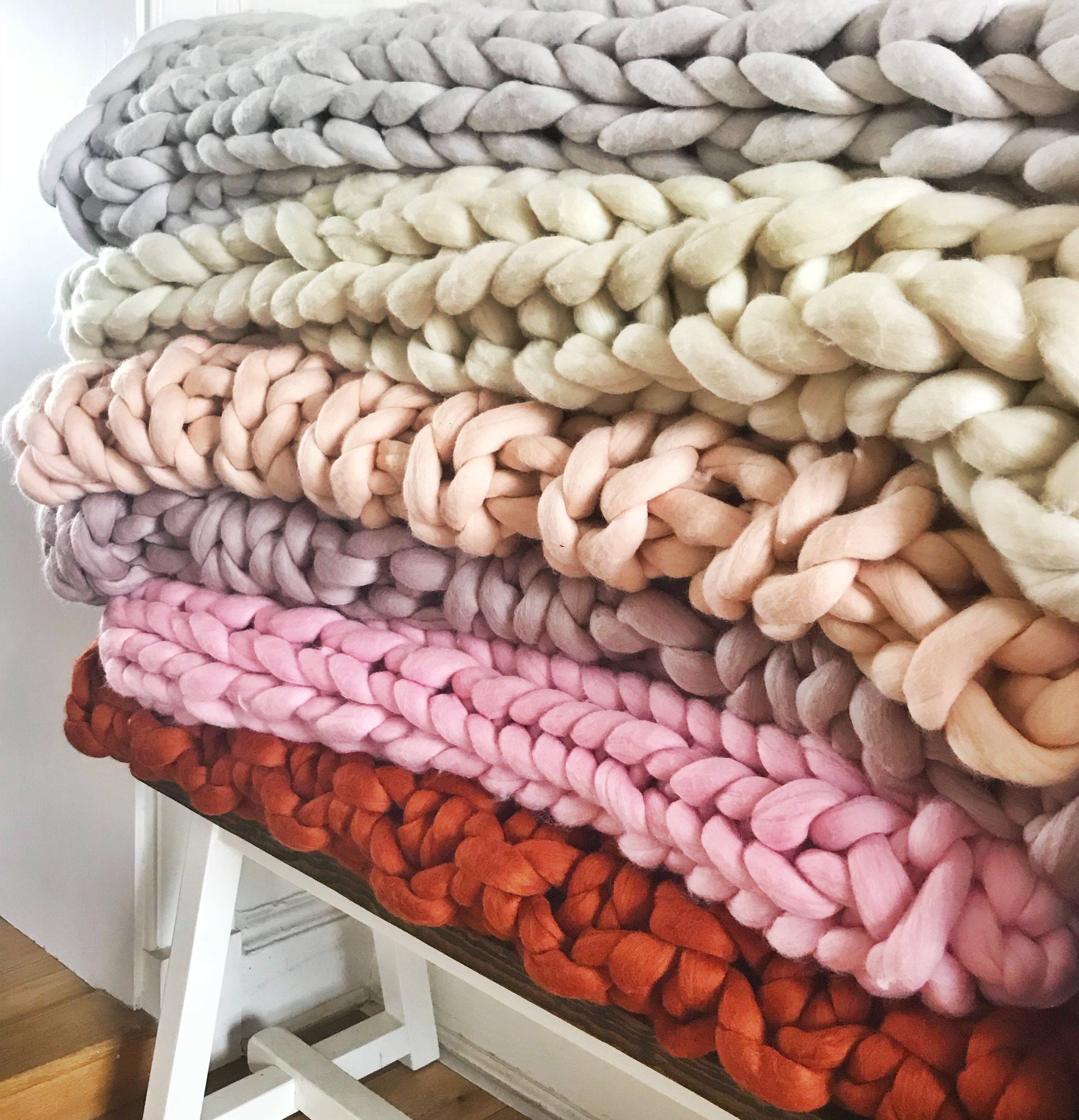 Simply the best. - It's what we do best. Our best sellers. Our super luxurious 100% merino wool, hand knit chunky knit blankets, throws and bed runners. Completely customisable. You choose colour, size and stitch, we do the rest. Click HERE to shop.