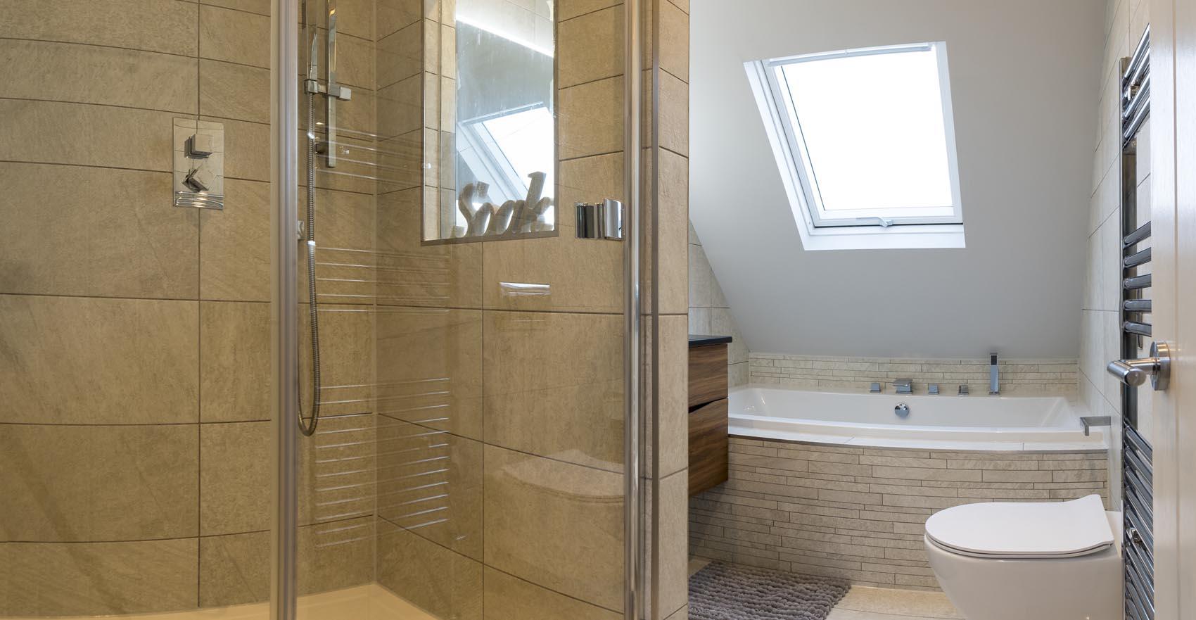house bathroom 1.jpg