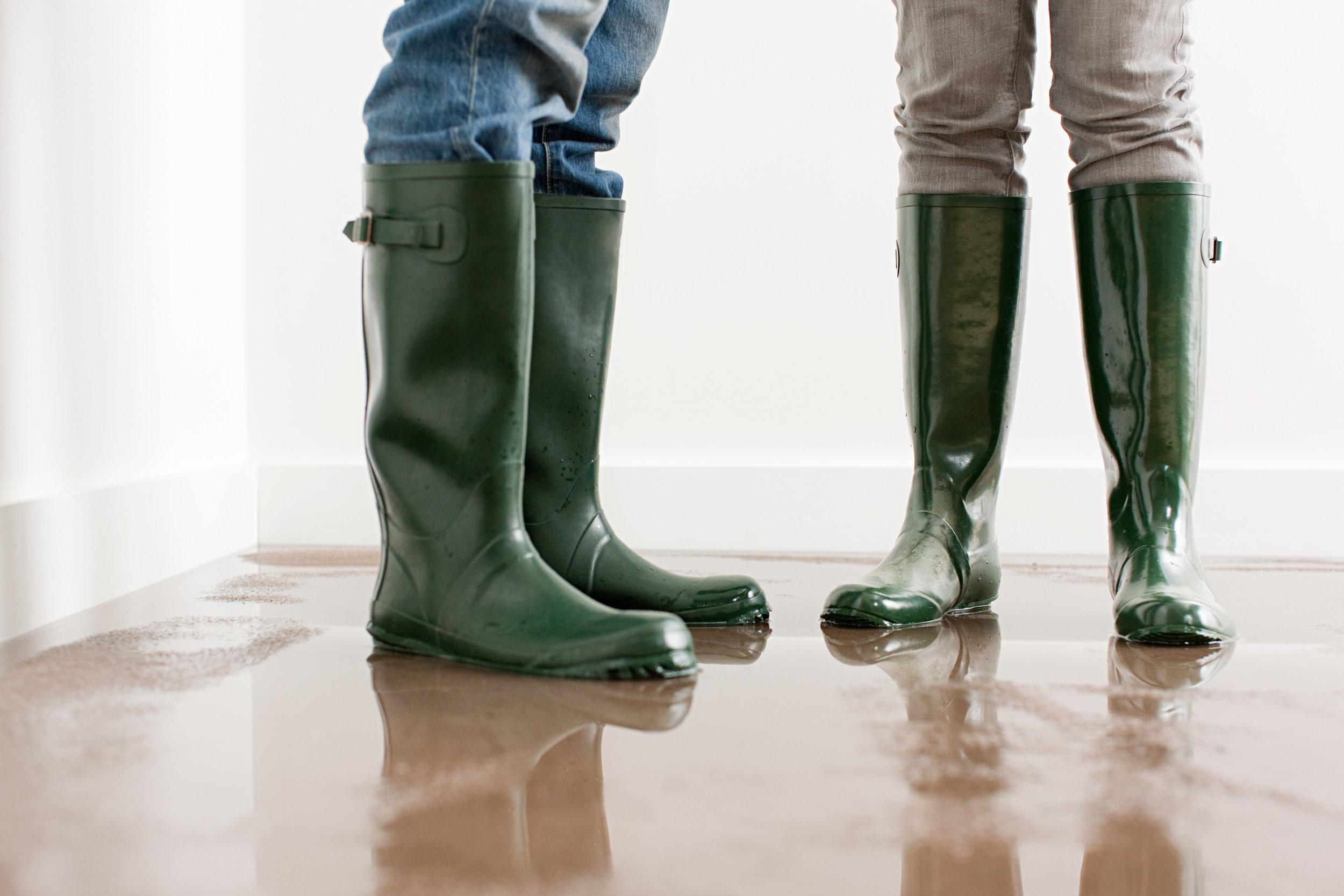 Uden læksikring - kan den skjulte vandskade udvikle sig gennem lang tid og blive meget dyr at udbedre.
