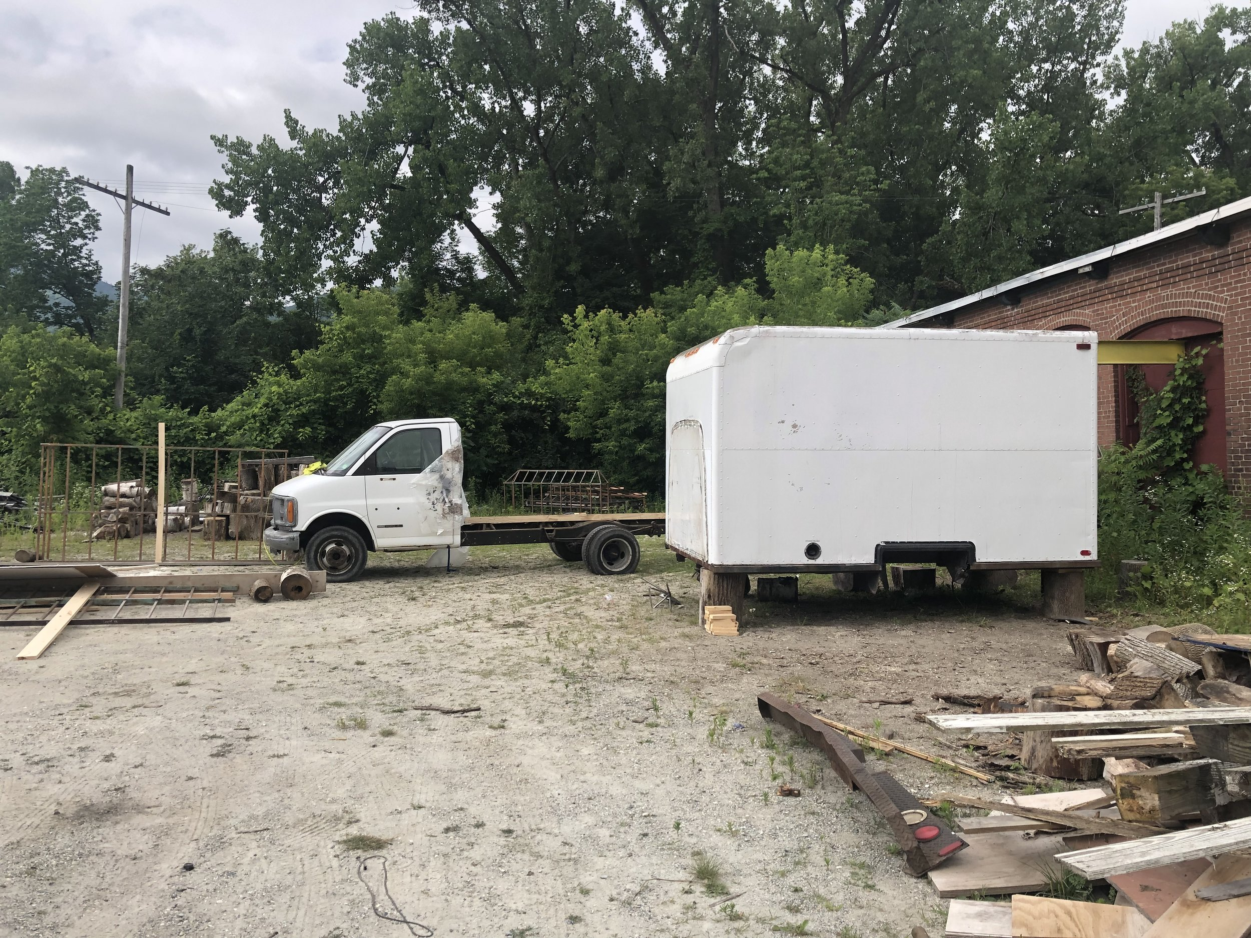 10' Box Removed from Truck Frame