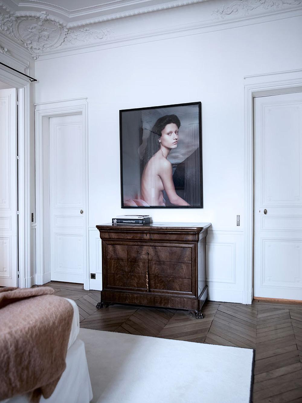 Paris-Apartment-Tour-Art-3.jpg