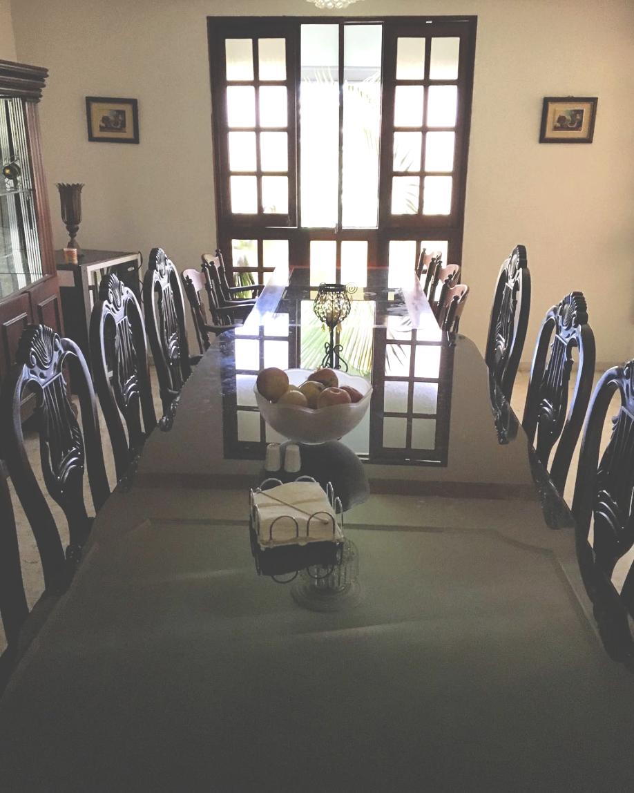 sgh_diningroom2.jpg