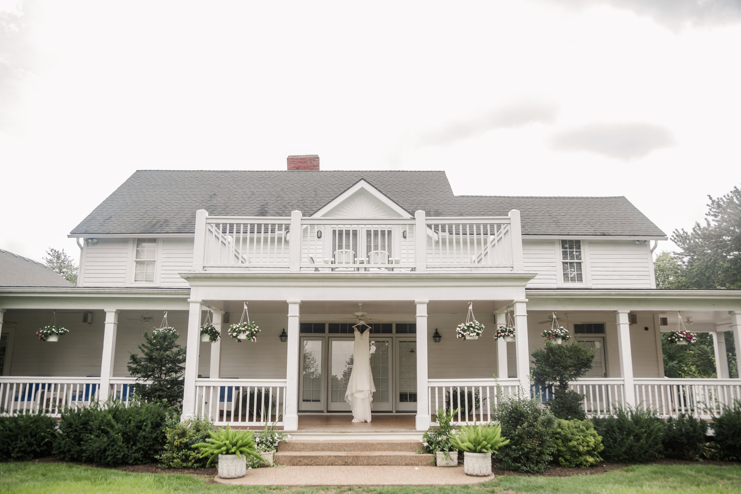 hawthorne house_pronovias wedding gown_real bride blog