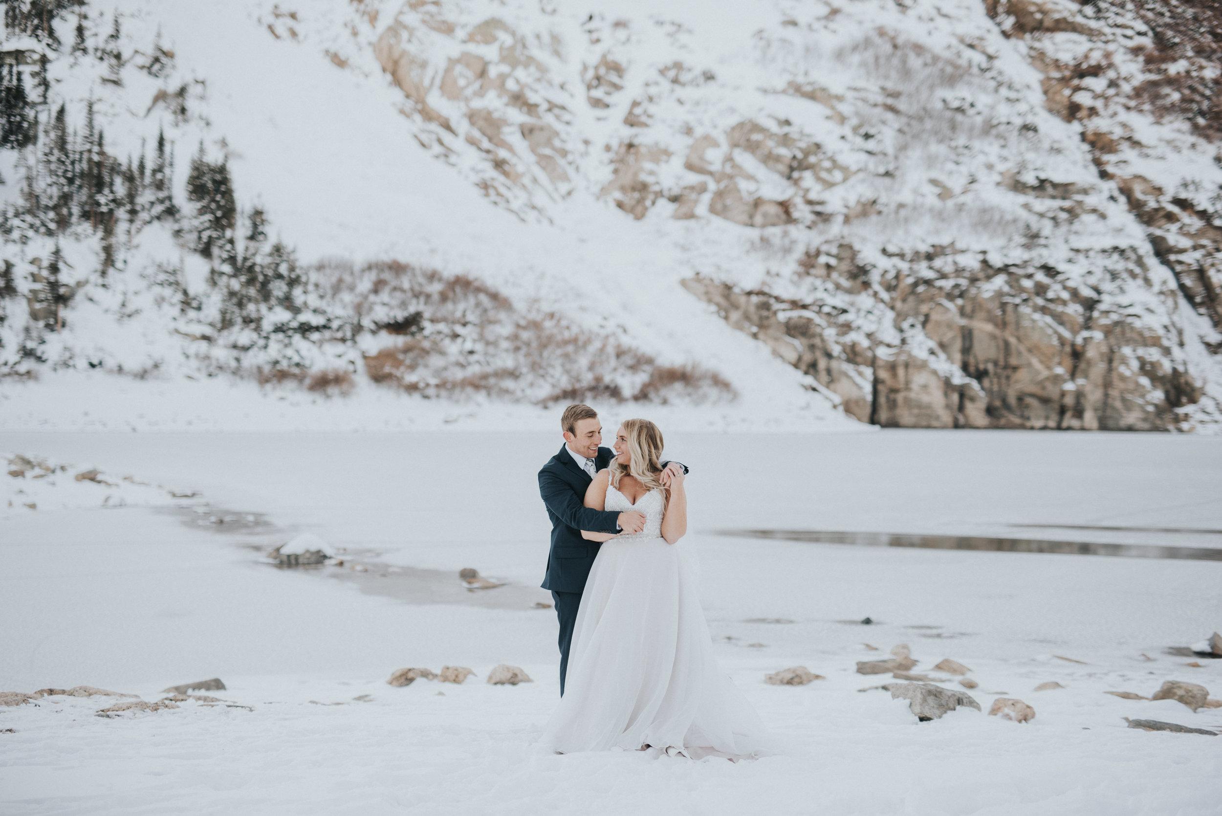 snowy wedding day colorado