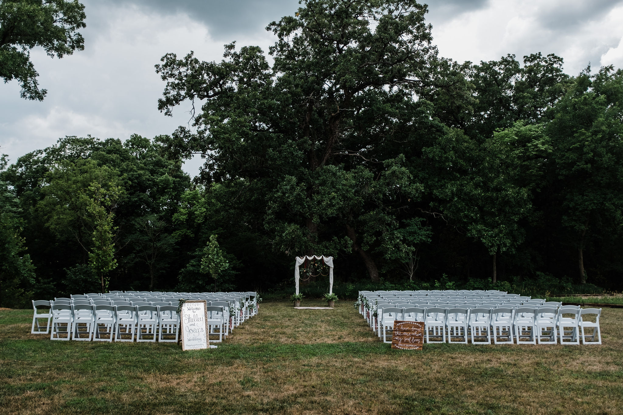 Outdoor Wedding Ceremony_Kansas