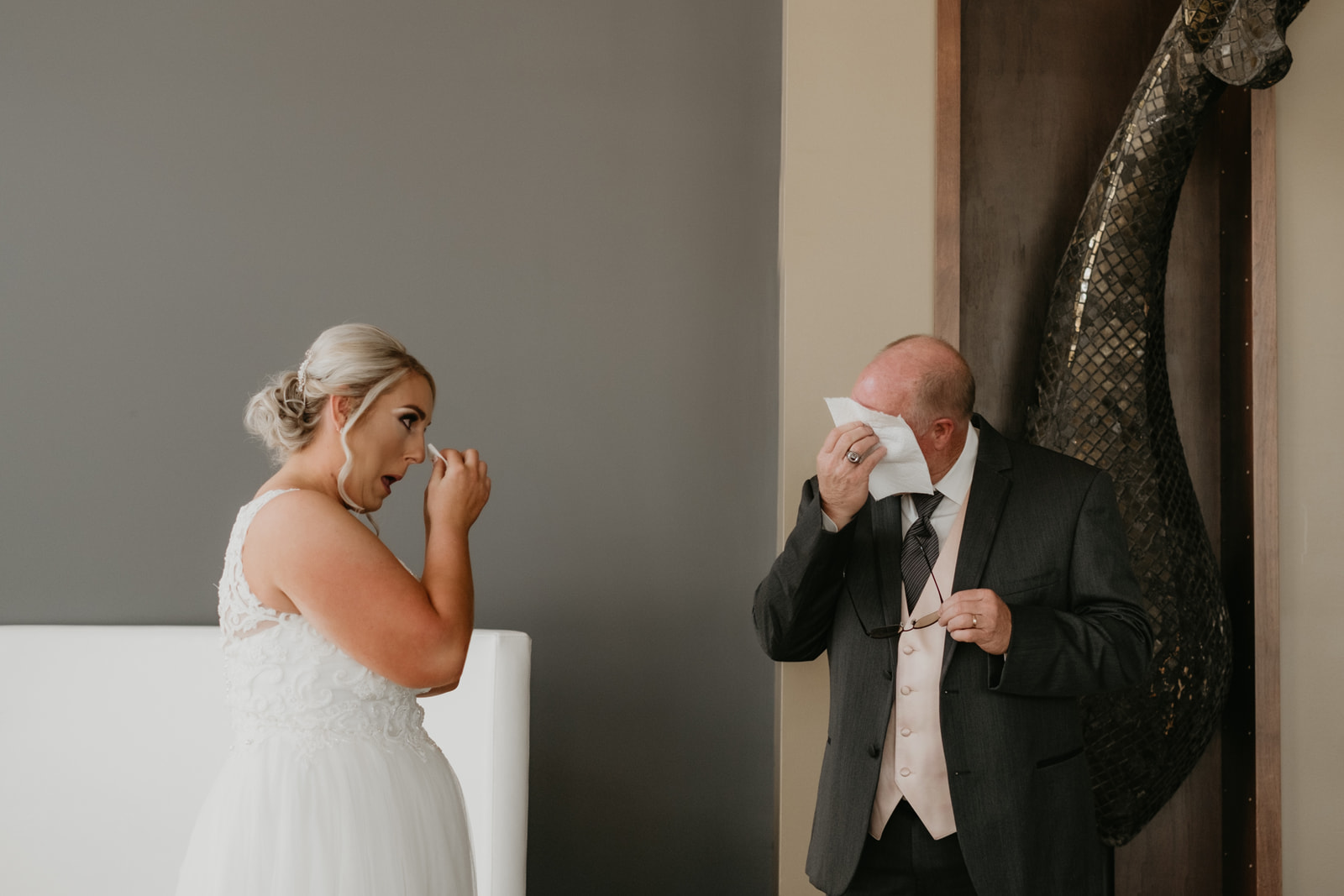 First Look_Wedding Day