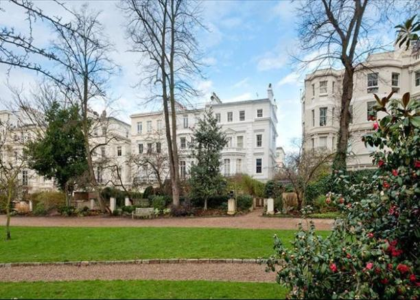 Notting Hill -£12,000,000