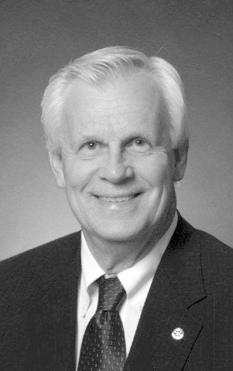 Waits Gordon III, Rotary Club of Morganton 2008 Distinguished Person of the Year
