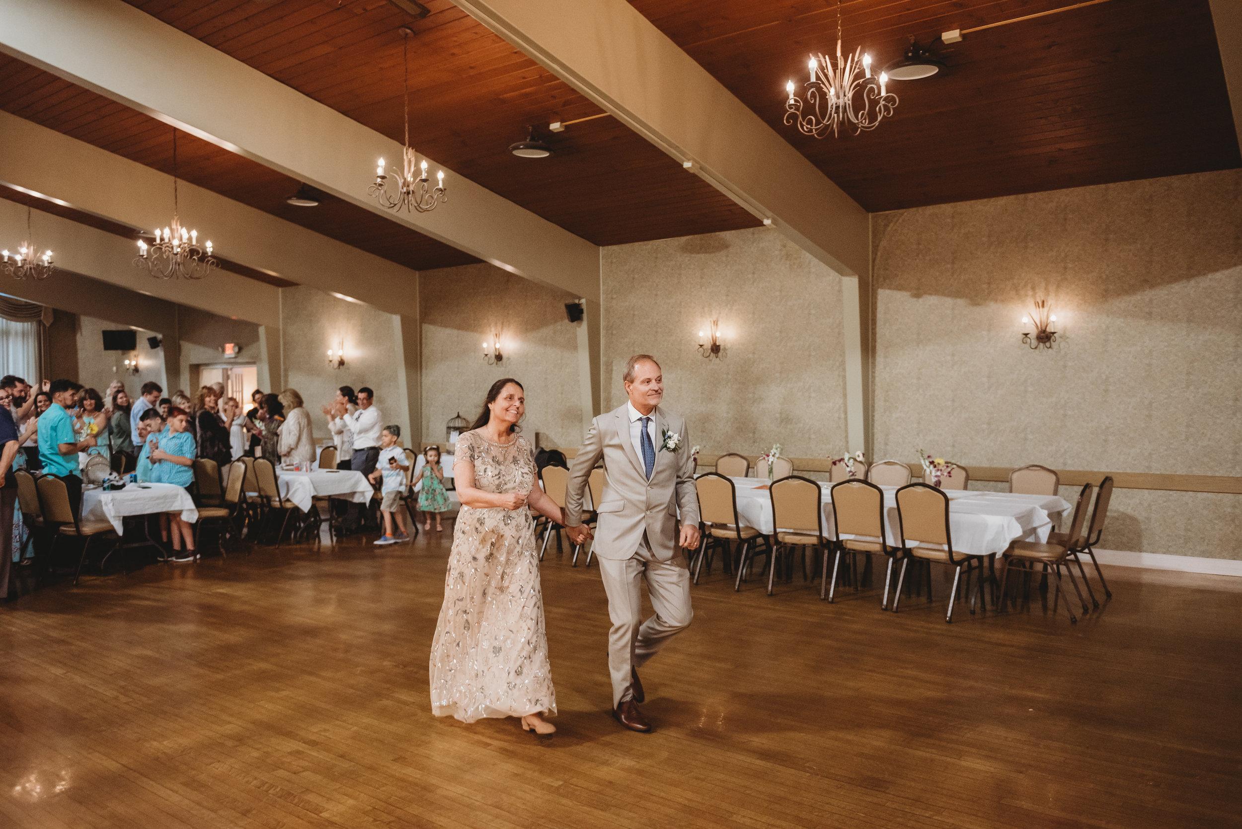 Gumlaw_Wedding_Reception-19.jpg