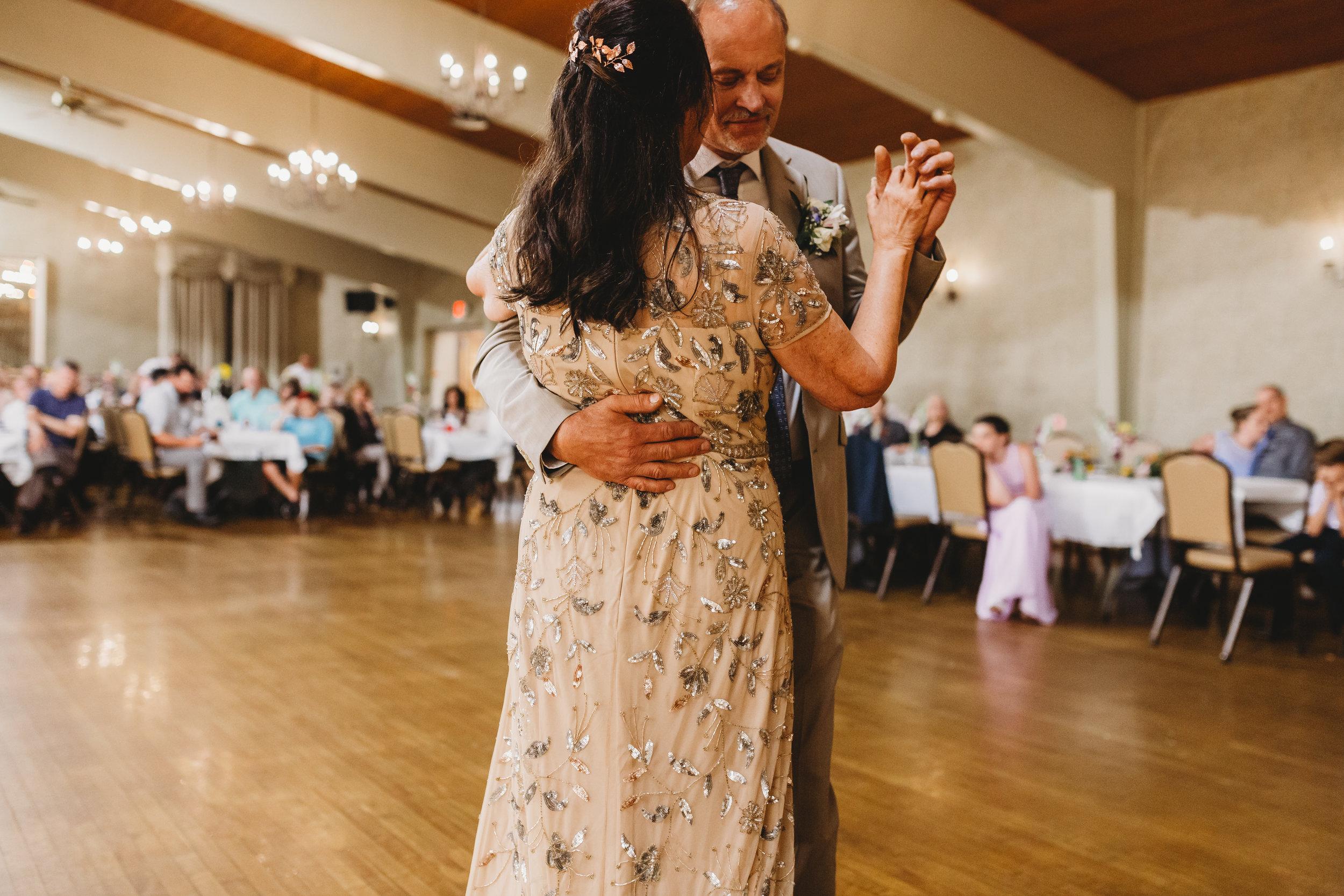 Gumlaw_Wedding_Reception-78.jpg