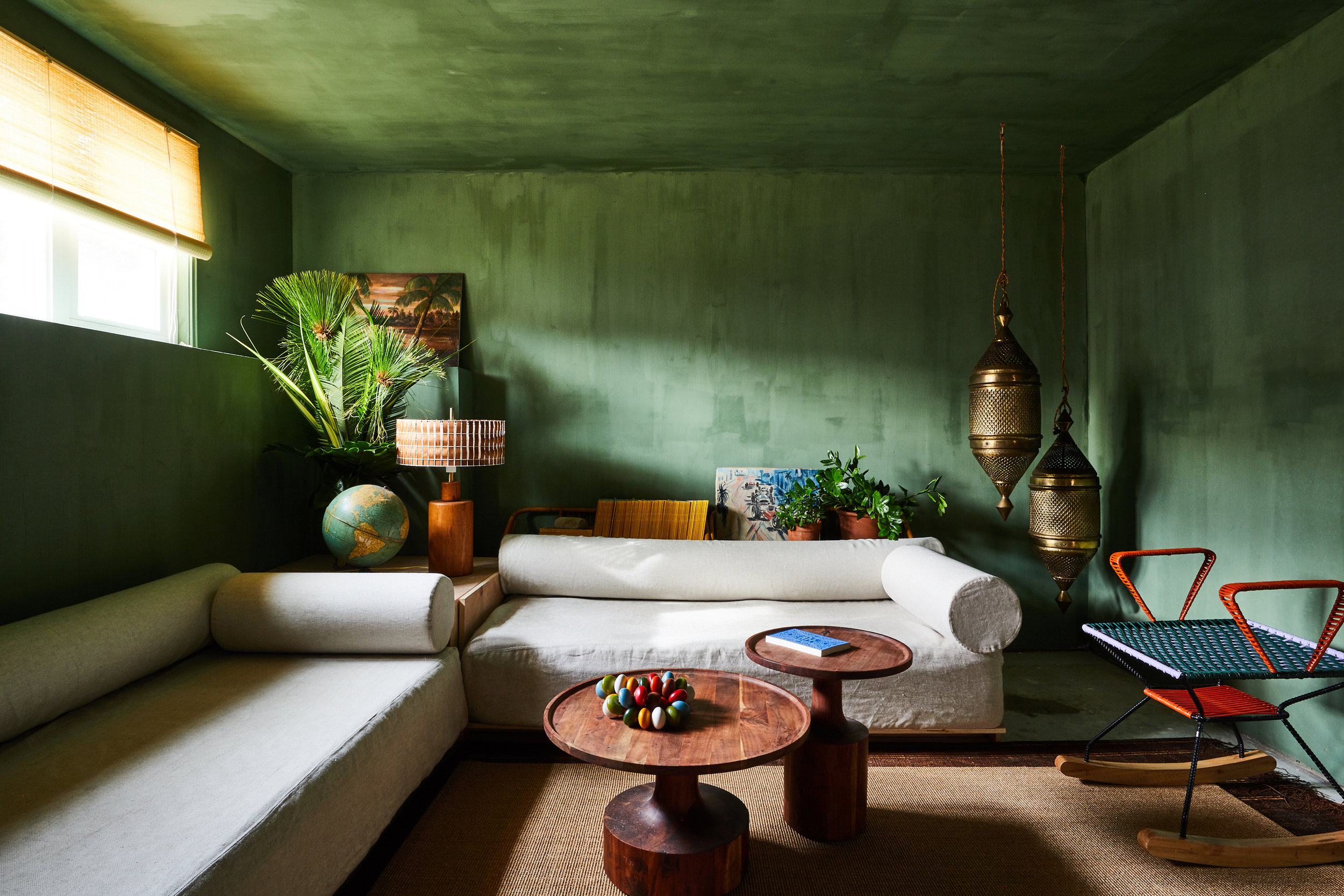 Bungalow#2_Green_Room_012.jpg