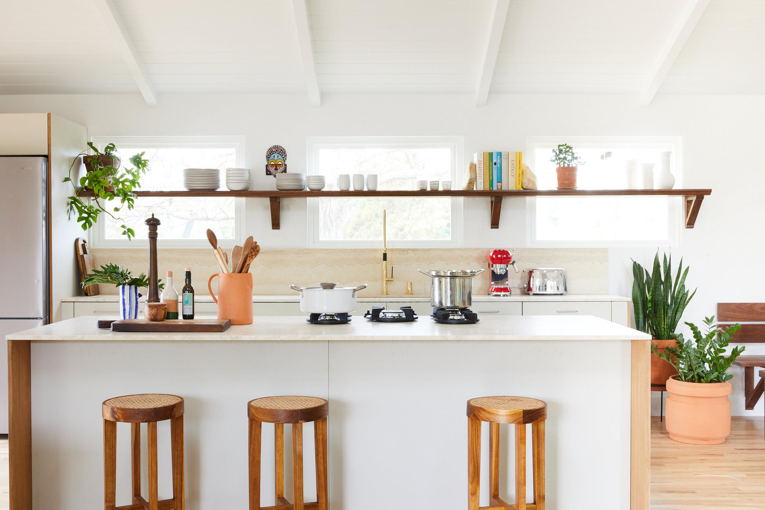 Bungalow#2_Kitchen_012.jpg