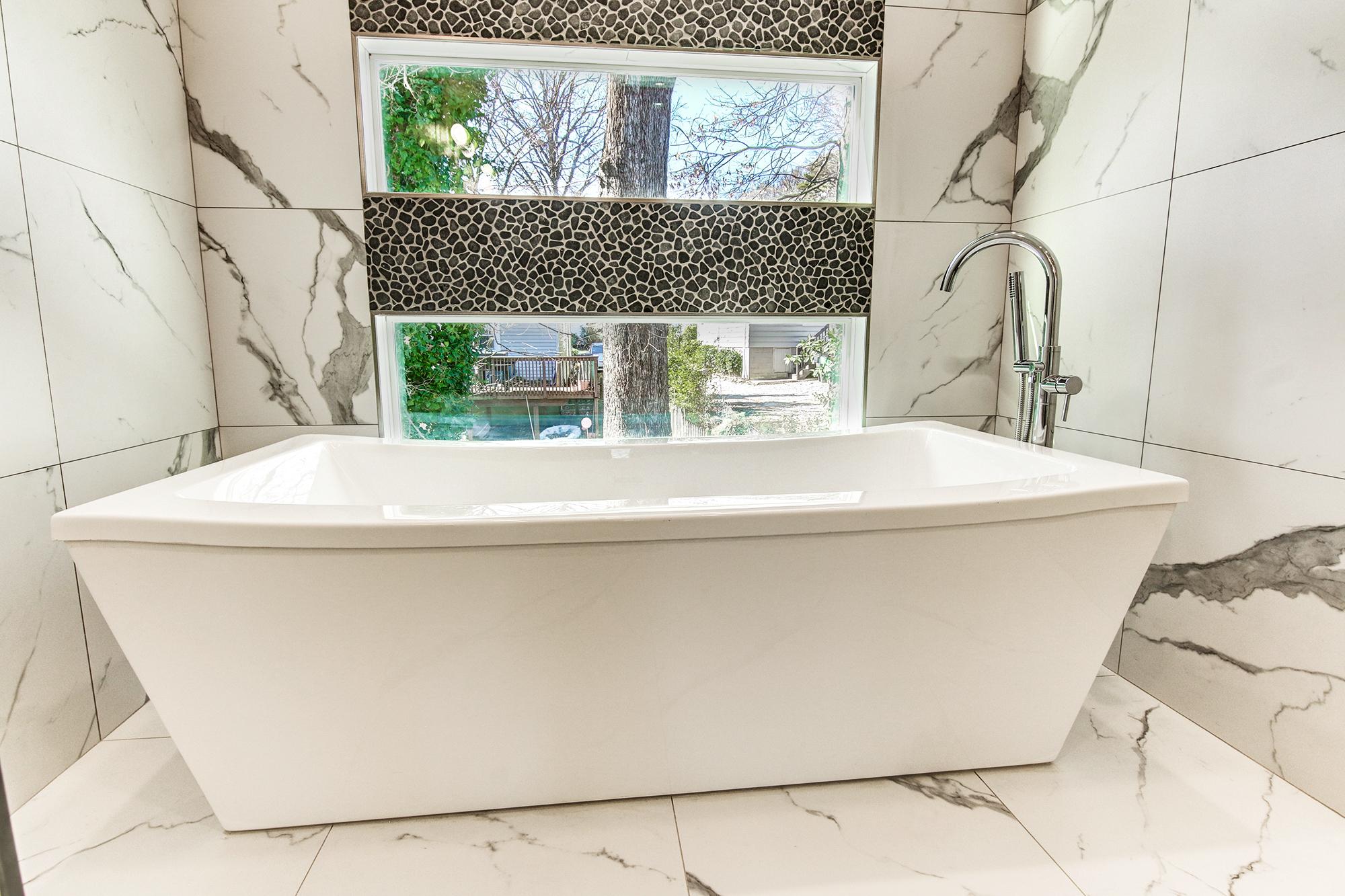 27master-bath.jpg