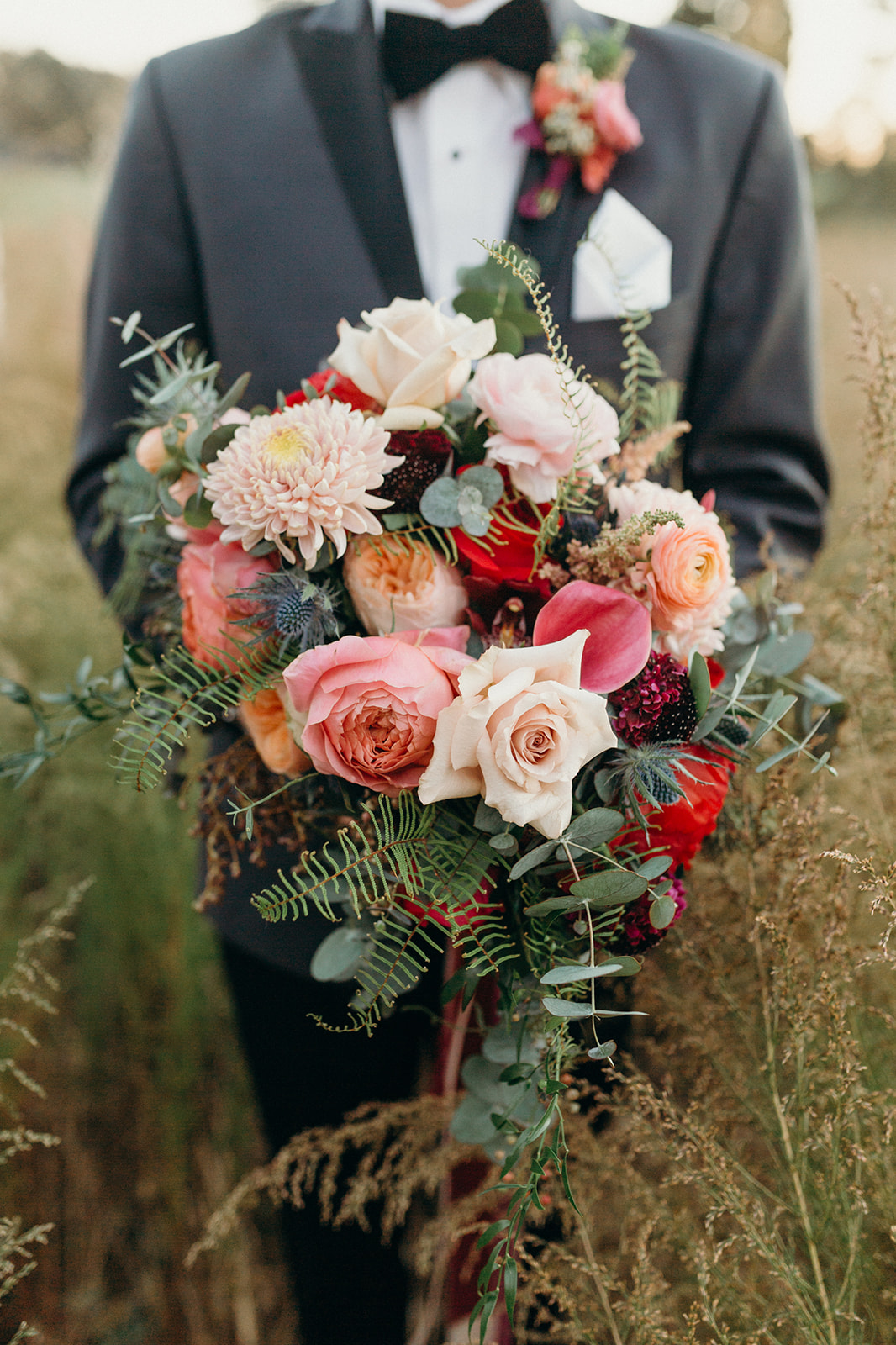 gorgeous_fall_bridal_bouquet.jpg