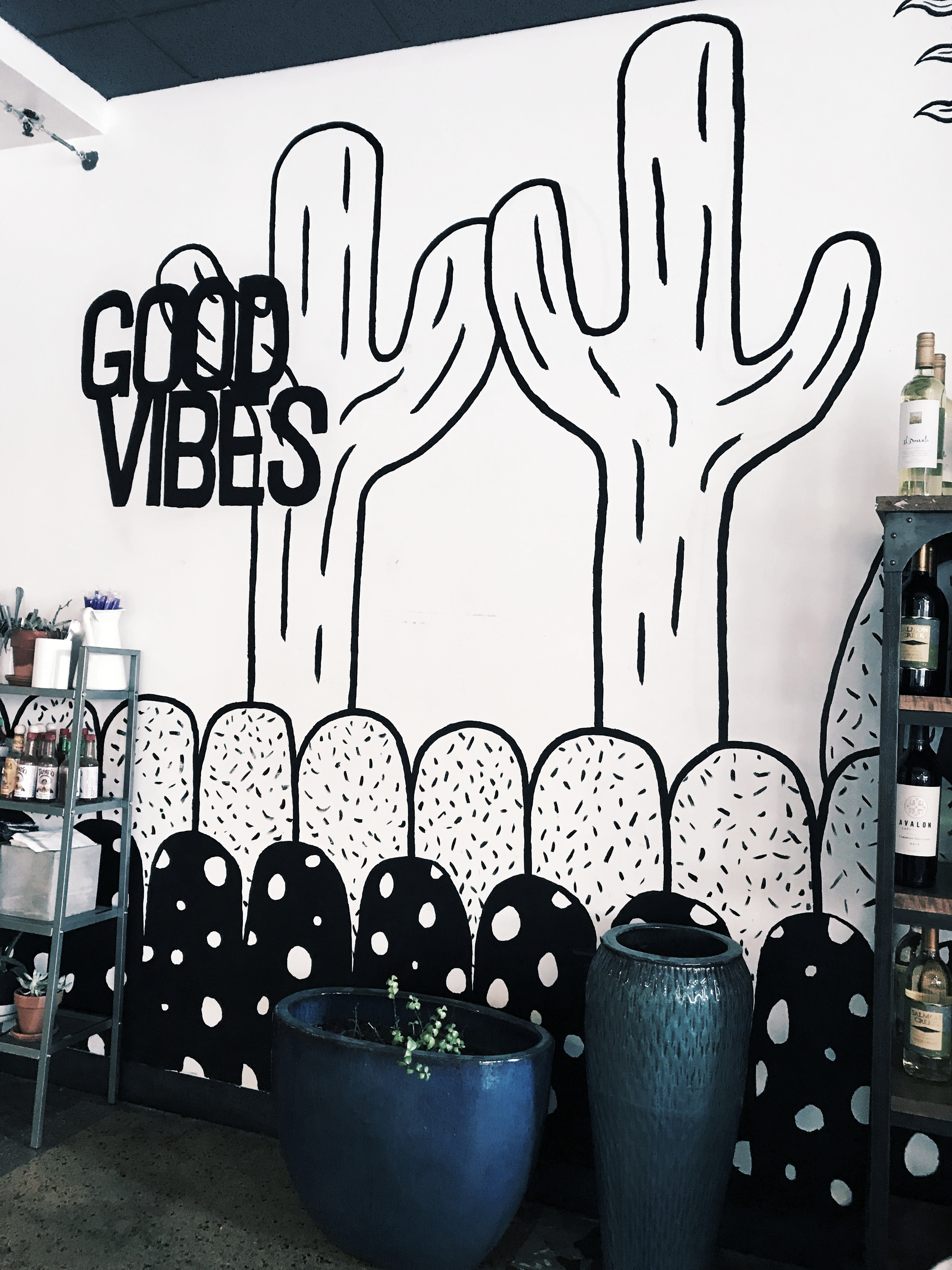 Kaleidescope Juicery - This cute fast-cash place has so many fresh options, and was voted as having the best açai bowl in Phoenix! Vegan, vegetarian, paleo, GF, etc. options are all available to fit your dietary needs!Location: Downtown