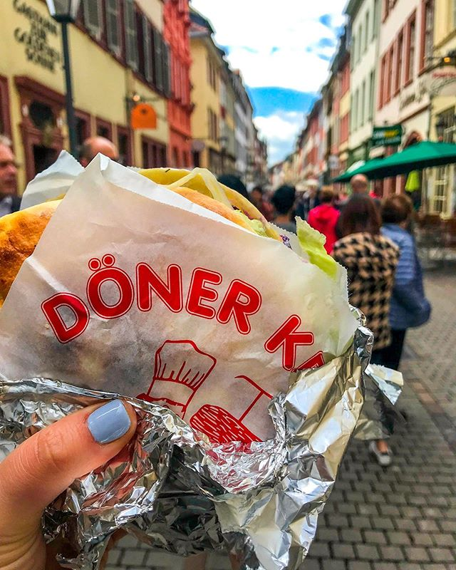 🌿 absolutely no shame to admit best #donerkebab in x city is probably one of my most googled search terms when traveling in Europe.... 🥙 Easy, filling, and unlike anything you can get in the US .. I mean how can you not be obsessed  Have a good doner recently? LMK  #heidelberg #germany #foodintheair #food