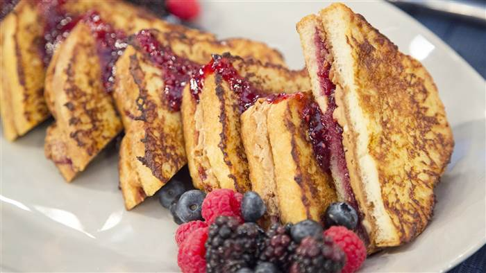 mkt-pbj-french-toast-sticks-today-171128-tease_8a35488de85004931723f233f96a9be1.today-inline-large.jpg