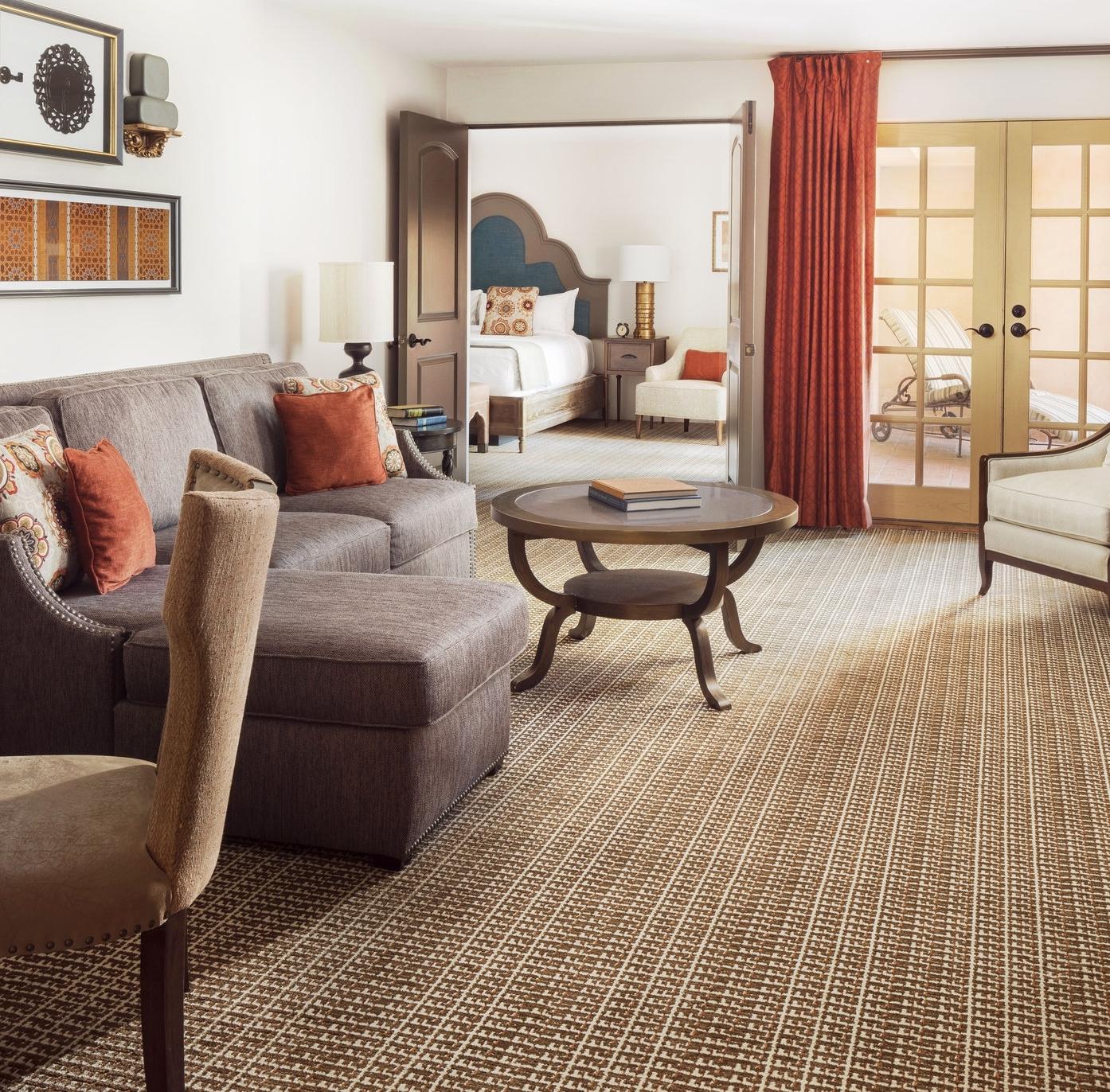 hotels + resorts -