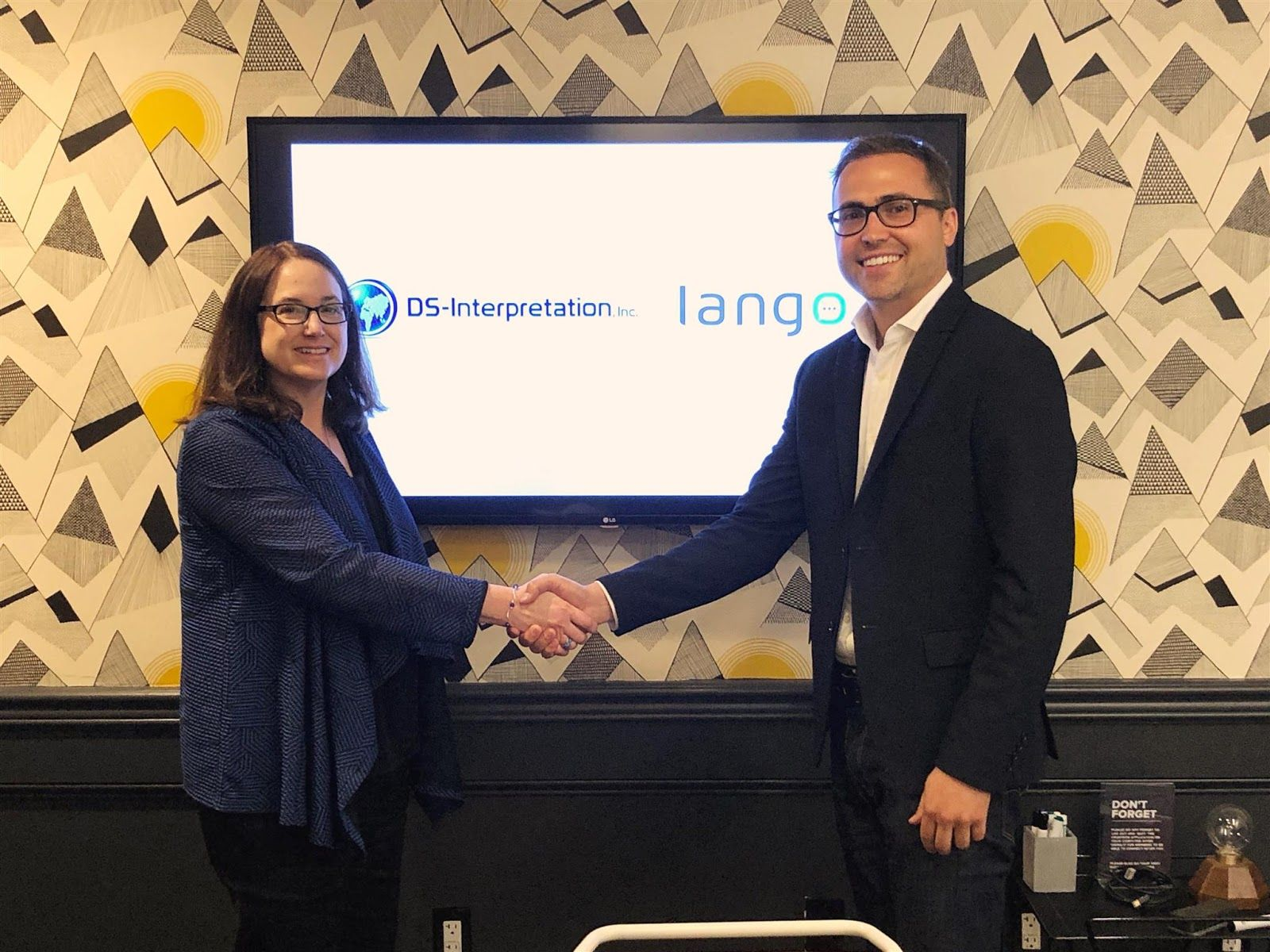 DS-Interpretation, Inc. President Naomi Bowman and Lango CEO Josh Daneshforooz.