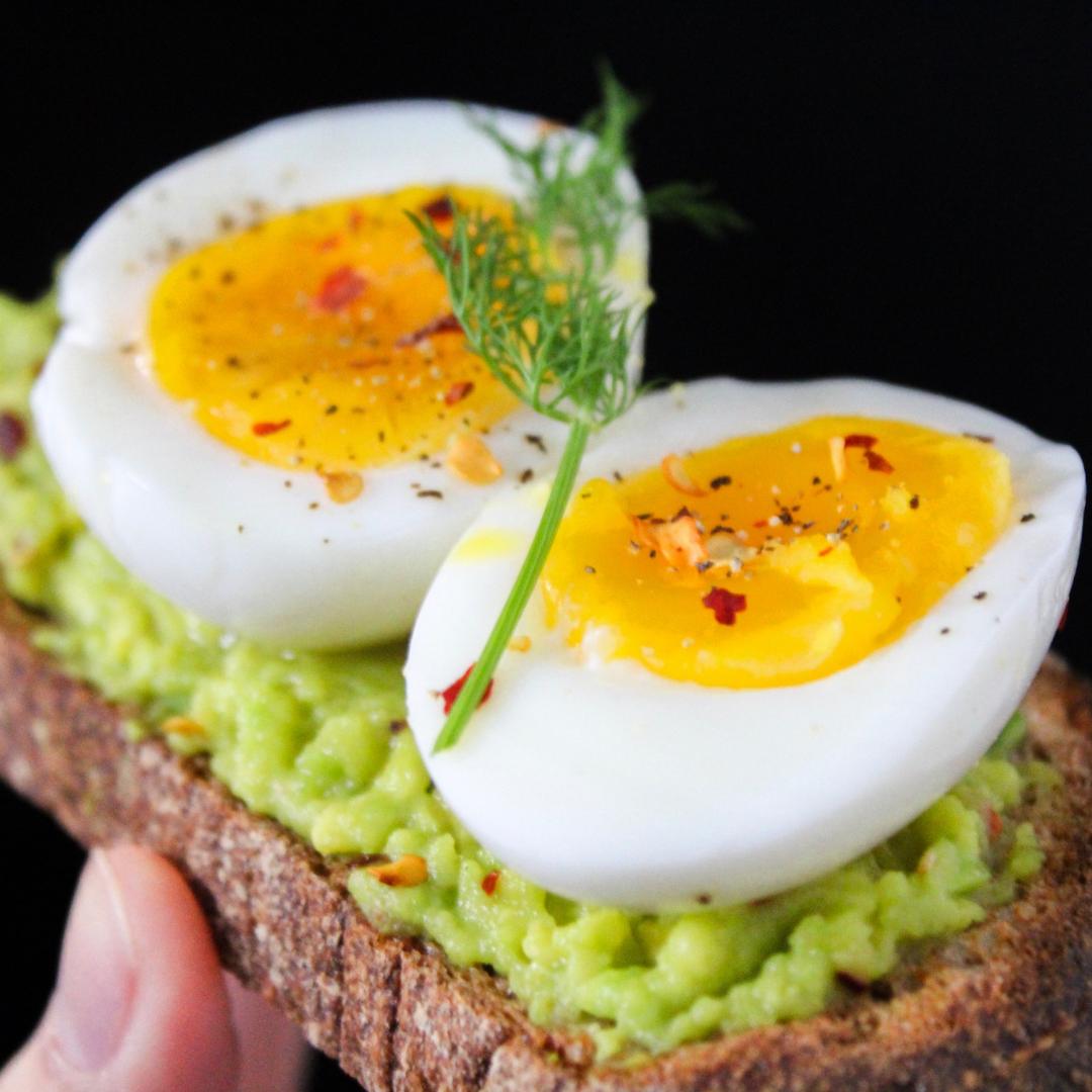 Rask og enkel lunsj med ferdigkokte egg