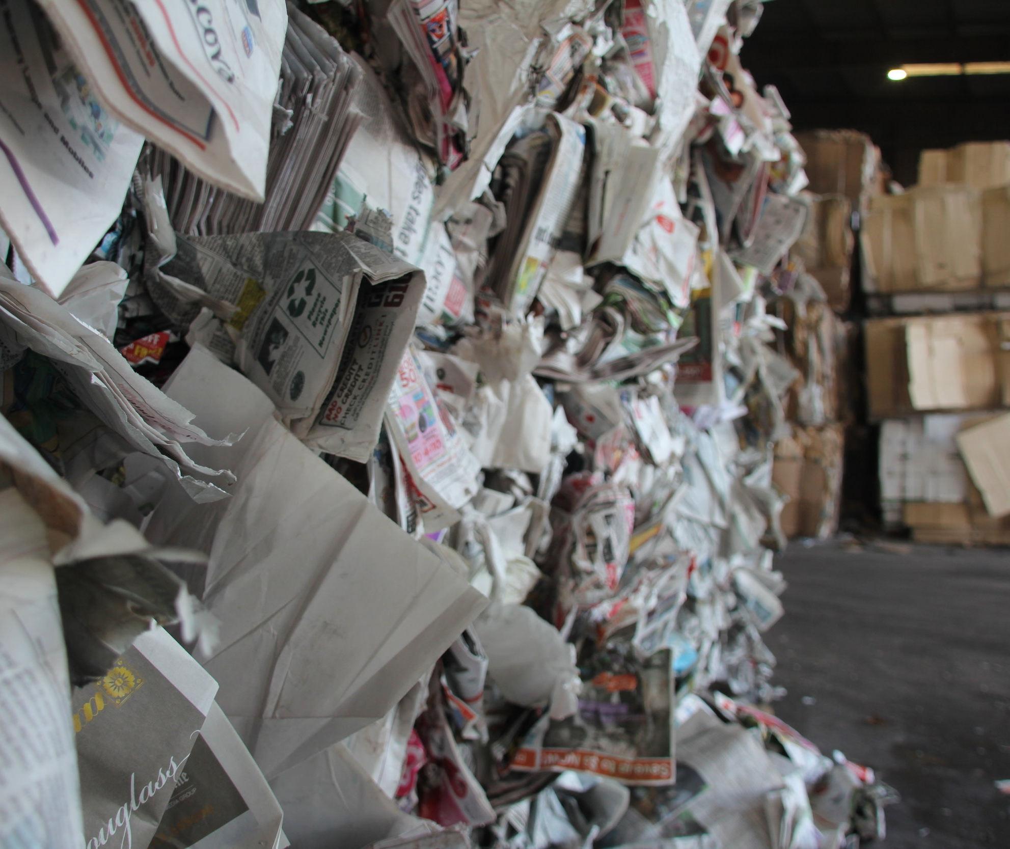 Services - United States Recycling offers a complete range of solutions to the recyclable generators in the tri-state area and beyond. Whether you are a printer, converter, direct mail house, bindery, box or carton plant, distribution center, chain store, beverage or food manufacturer, office park, hospital, municipal recycling plant, or other generator, we can help you design, implement and enjoy the benefits of a high-quality recycling program.
