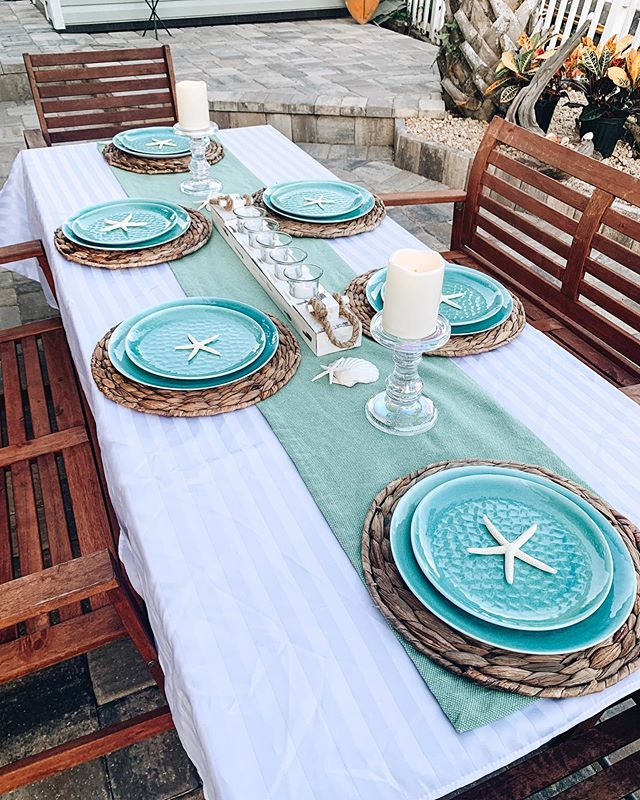We staged our client's beautiful new patio for photographs yesterday! 😍 Stay tuned for more photos 📸. #pier1love #interiorsbykaitlyn #homestaging #interiordesignphotography #vilanobeach #coastalinteriordesign #tablescapes #staugustine