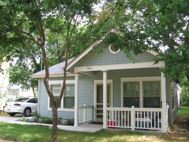 Spence Street Alley Flat rental unit