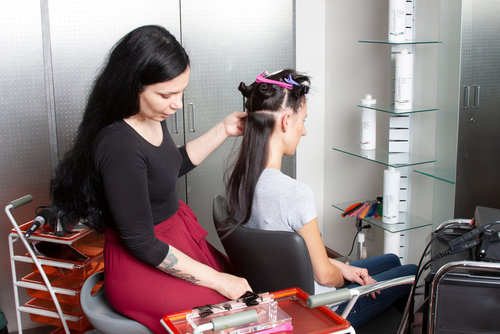 hair extensions for wedding: application