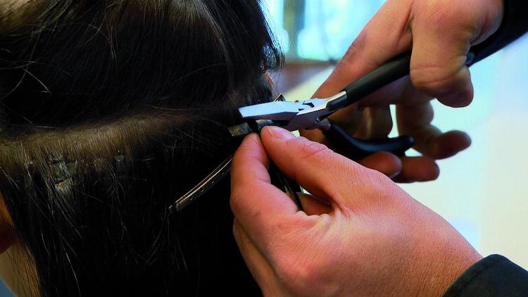 Les extensions de cheveux liées à la kératine de Great Lengths