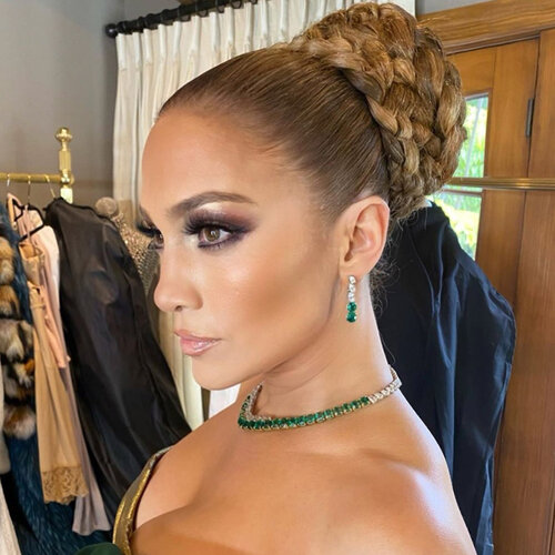 celebrities with hair extensions: Jennifer Lopez