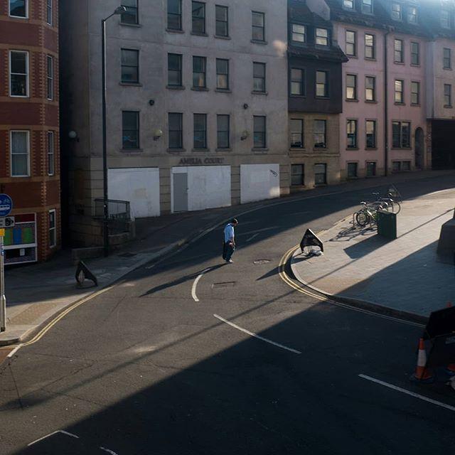Lonely boy 🚶  #EverydayEverywhere #documentaryphotography #travelphotography #jakedaythe_journo #fujifilm #fujifilmx_uk @fujifilmx_uk #fujifilm_global @fujifilm_global #alwaysbristol #people #bristol #travel #bristol_lens #uk #United Kingdom #lighting_as_visual_language #peopleplacesthings