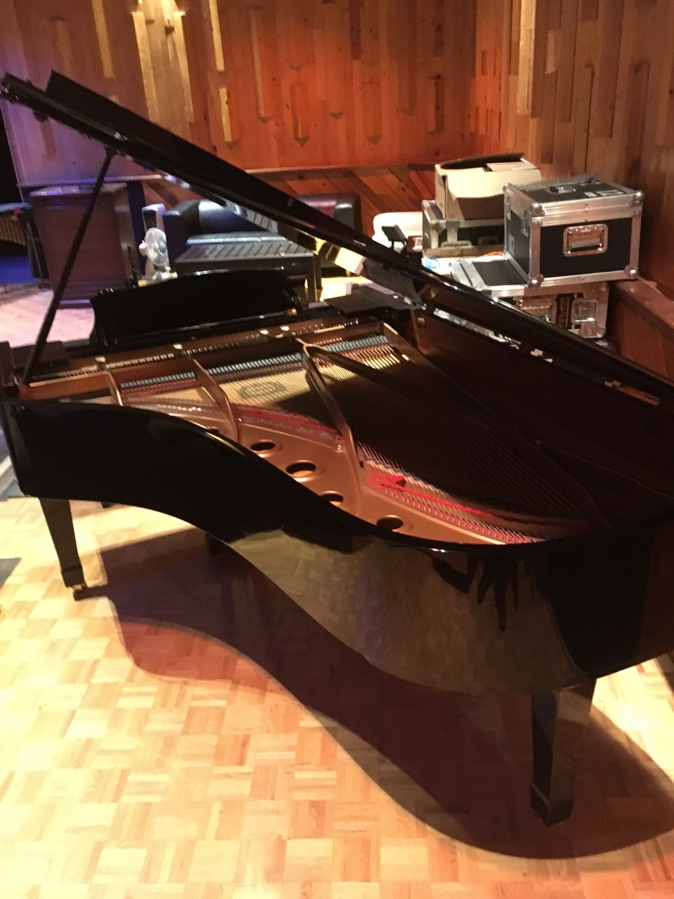 yamaha c-7 grand piano -