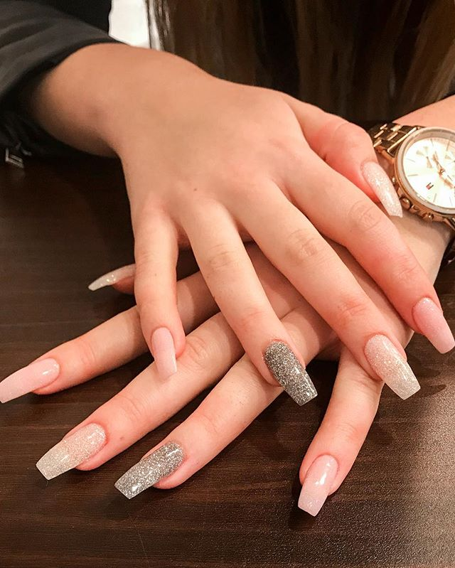 ✨ Make your nails bright and bold like your personality! This fun mix was inspired by a Pinterest picture. ✨ . #modishnailspa #dippowdernails #glitternails #newyearnails