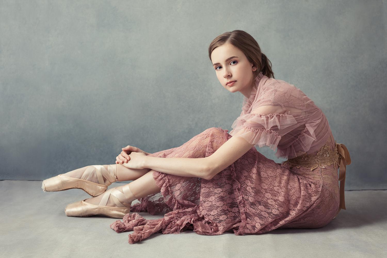 Portrait by Sacramento Dance photographer Mayumi Acosta.jpg